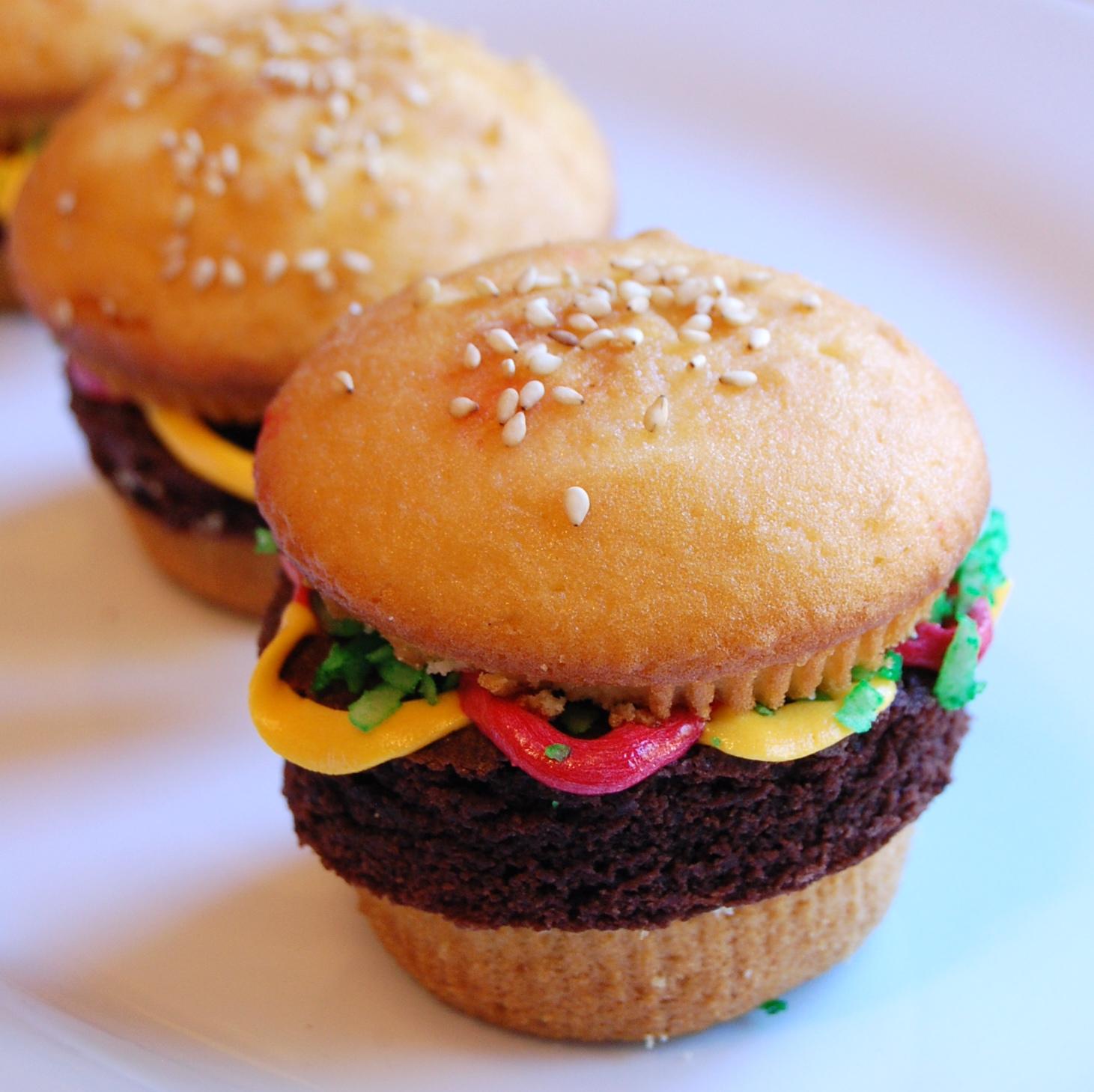 hamburger-cupcakes-super-cute