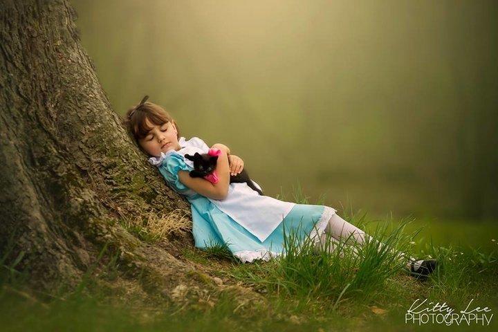 Amelie as Alice in Wonderland with Luna