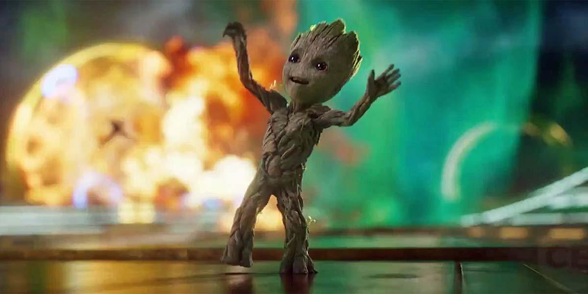 Baby Groot dancing